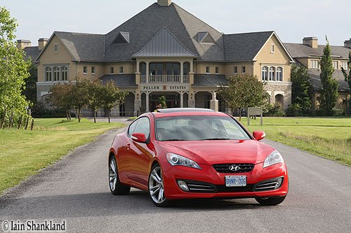 Hyundai Genesis Coupe 3.8 GT - Road Test
