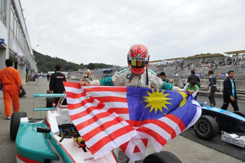 Calvin Wong earns maiden Formula BMW Pacific win in Japan