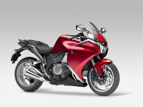 Honda Announces VFR1200F/VFR1200F Dual Clutch Transmission
