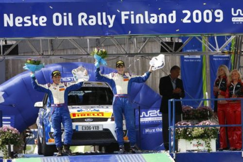 Craig Breen pushes hard for Finnish victory