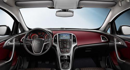 Opel Astra GTC kompletter Überblick - automobilsport.com
