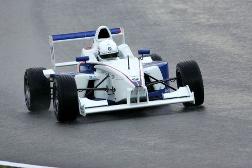 Samuel Oram-Jones shines in Formula BMW Talent Cup test