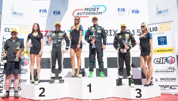 Renault Clio Cup Central Europe, Most: Calcum hält Eberle in Schach