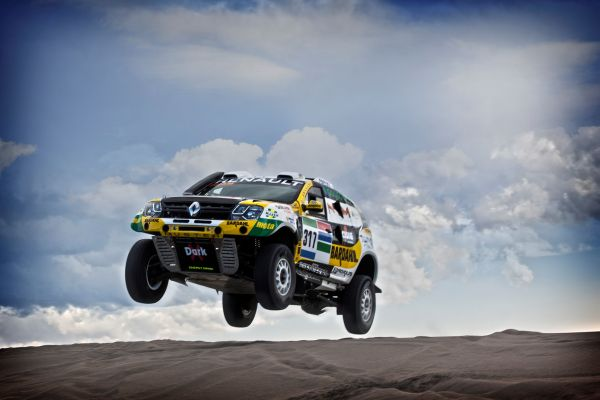renault duster dakar team targeting top 10 finish on 2016 dakar. Black Bedroom Furniture Sets. Home Design Ideas