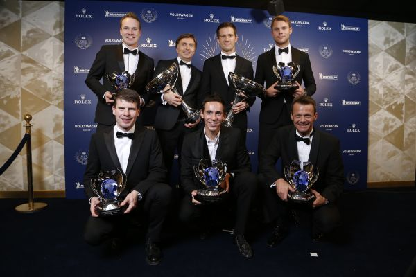 World champions honoured in Paris: World Rally Championship trophies for Volkswagen, Ogier and Ingrassia