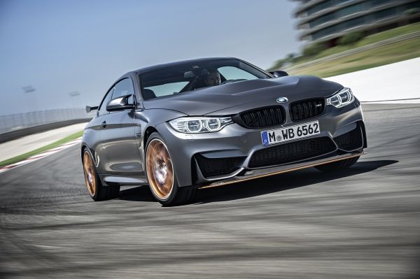 BMW M4 GTS and BMW 3.0 CSL Homage receive 2015 Auto Bild Sports Car of the Year award.