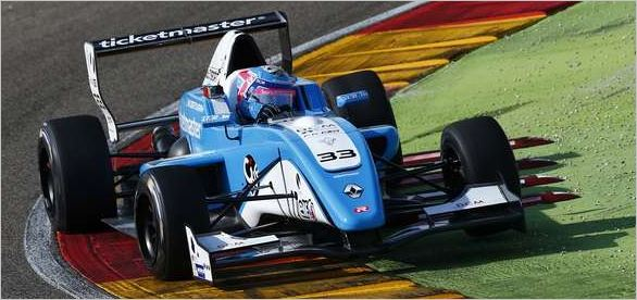 Max Defourny leads Eurocup Formula Renault 2.0 practice at Motorland Aragón