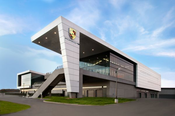 Porsche joins corporate network for sustainable business