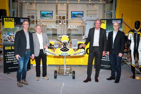 frei kart Start frei für die ADAC Kart Academy   automobilsport.com frei kart