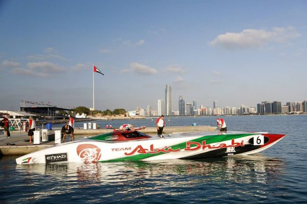 UIM Class 1 World Powerboat - Victory 3 snatches pole from Team Abu Dhabi 6