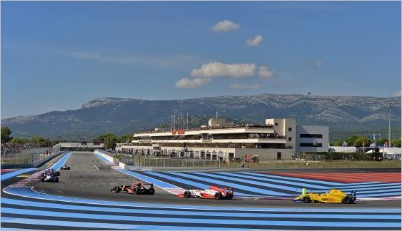 the eurocup formula renault 2 0 returns to action at circuit paul ricard. Black Bedroom Furniture Sets. Home Design Ideas