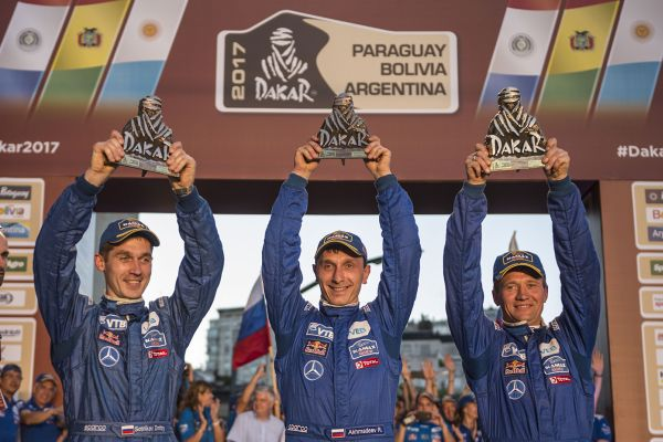 Sparco® alongside the winners of Dakar-2017