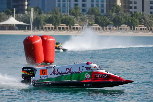 Team Abu Dhabi's Carella locked in five-way battle for F1H2O battle for Championship title