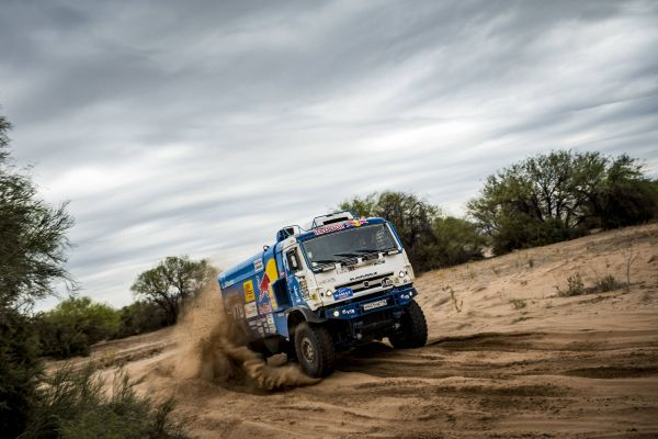 Trucks -  Eduard Nikolaev win Dakar Rally