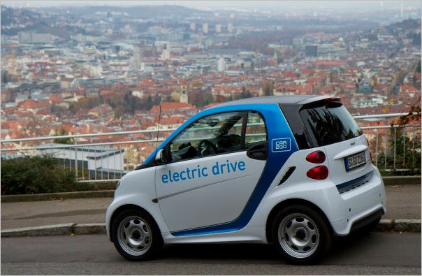 """Learning by driving"": car2go offers people the opportunity to experience e-mobility"