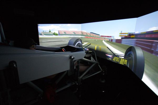 Talented Formula BMW drivers continue their intensive development at Silverstone