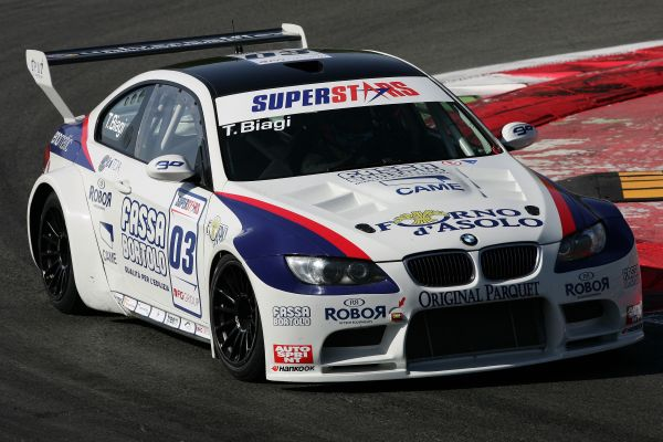 Two photofinish fourth places for Thomas Biagi in Monza