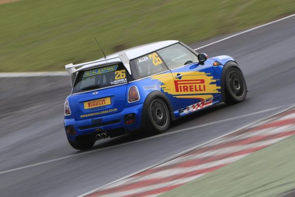 Pirelli presents Mini Challenge at Brands Hatch