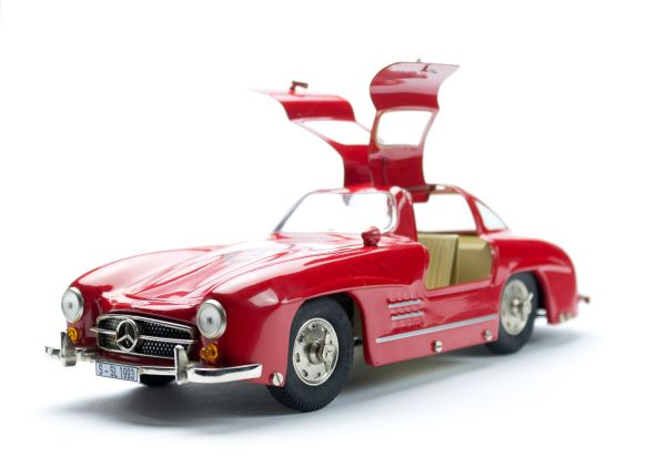 Mercedes-Benz SL sports car models Huge fascination on a miniature scale