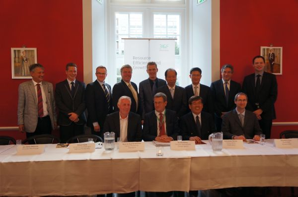 Toyota, Nissan, Honda & Hyundai sign MoU on market introduction of fuel cell vehicles