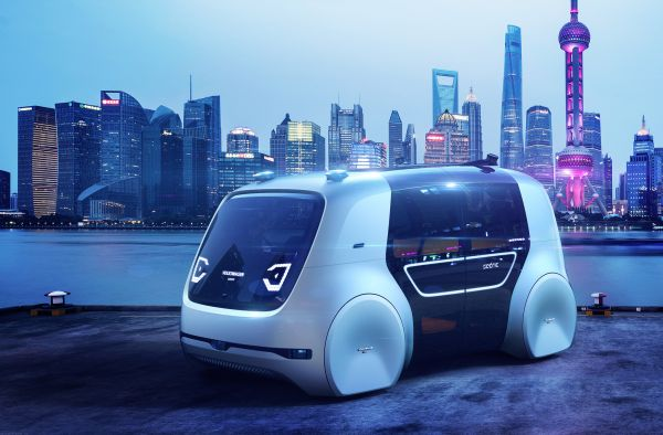 Sedric in Shanghai: Self-Driving Car without a cockpit celebrates premiere in China