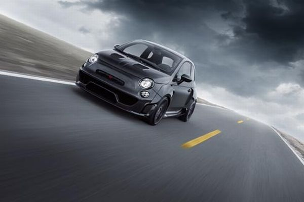 POGEA RACING is equipping the ABARTH 500 to be the ultimate asphalt warrior.