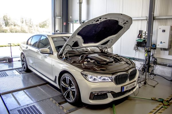 Motor tuning BMW 750d: DTE Systems stays in the fast lane