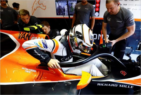 mclaren honda f1 team belgian grand-prix practices - automobilsport