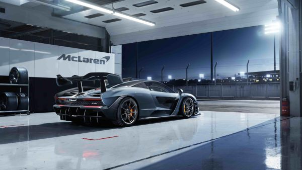 The McLaren Senna - The ultimate road-legal track car
