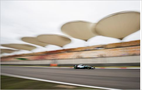 Pirelli F1 Chinese Grand-Prix Friday practices