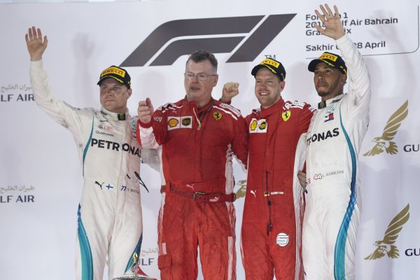 Double podium finish for Mercedes-AMG Petronas Motorsport in the desert of Bahrain