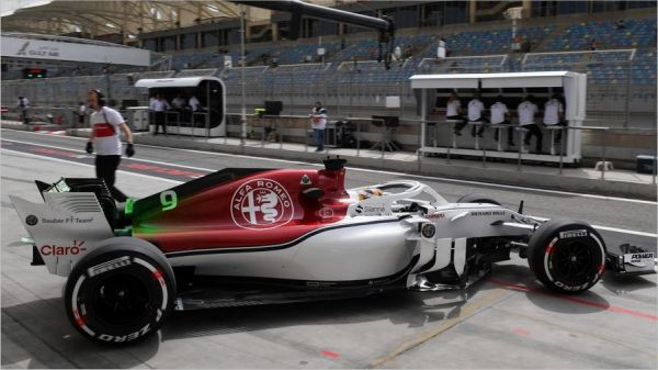 alfa romeo sauber f1 team bahrain grand prix practices. Black Bedroom Furniture Sets. Home Design Ideas