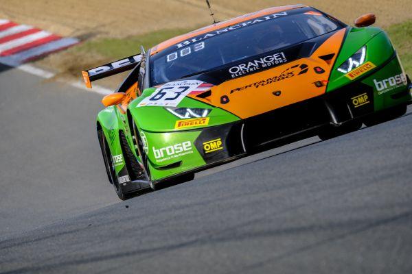 The Lamborghini Huracán GT3 Inaugurates The Blancpain GT Seriesu0027 Season  With A Victory