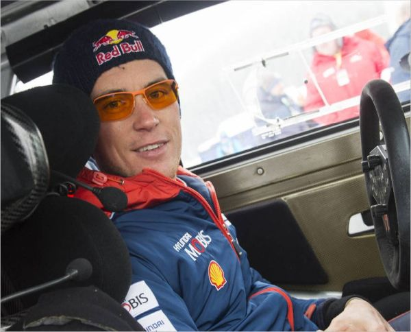 Thierry Neuville nets Sweden victory to claim overall lead from Ogier