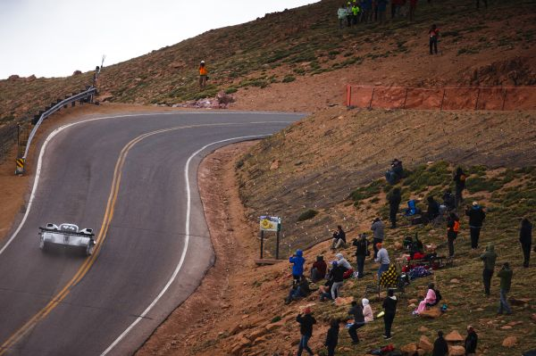 Video: Record-breaking run of the I.D. R Pikes Peak from different perspectives