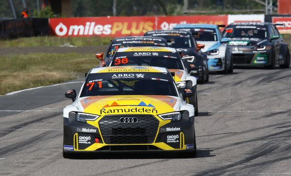 Audi with first victory in the STCC