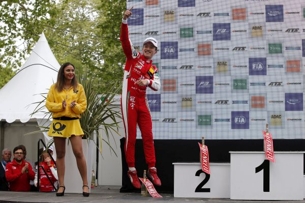 First victory by a Chinese driver in FIA Formula 3 European Championship