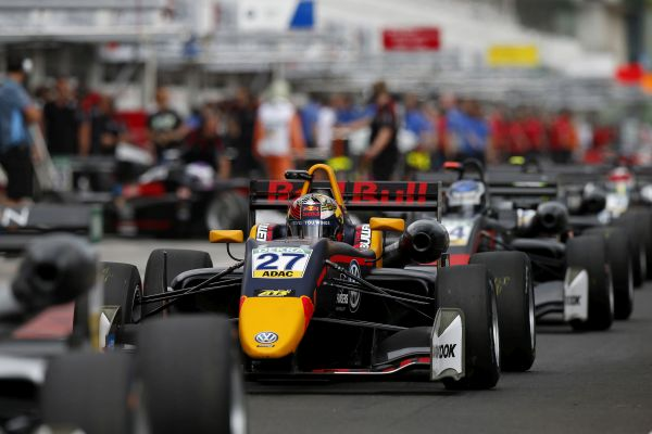 Ticktum and Ahmed secure FIA F3 pole positions in Budapest