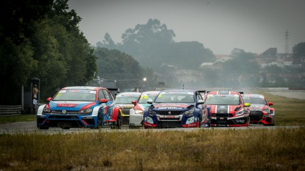 TCR Portugal @ Braga - The season begins with two surprise winners