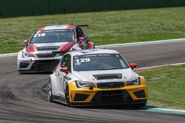 24H TCE Series - Buri and Kangas win 12H Imola