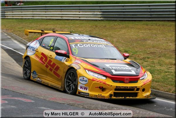 Tom Coronel with extra points to FIA WTCR at Zandvoort
