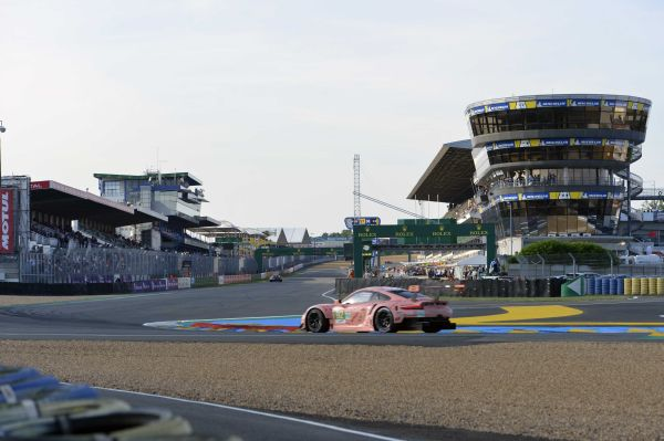 24 Hours of Le Mans Wednesday by R. Scholer