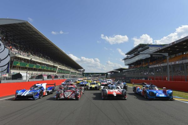 Photos Slideshow 24h Le Mans official test day part 1 by R. Scholer AutoMobilSport.com