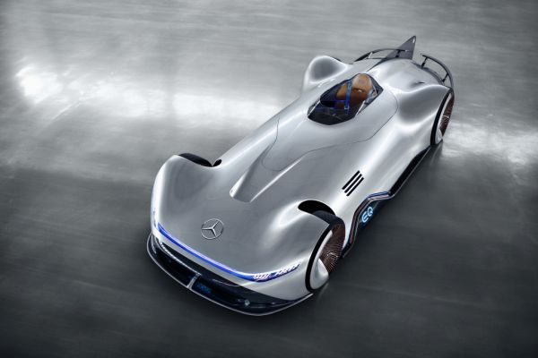 Mercedes-Benz is unveiling the Vision EQ Silver Arrow at Pebble Beach