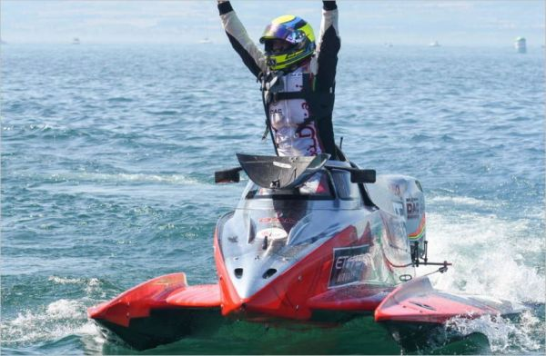 Team Abu Dhabi's Erik Stark looking to exend F1H2O Championship lead