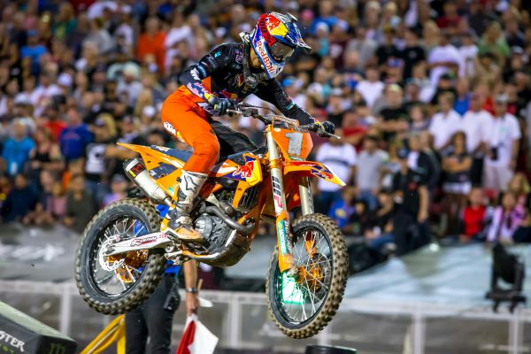 Musquin finishes 11th at Monster Energy Cup in Las Vegas