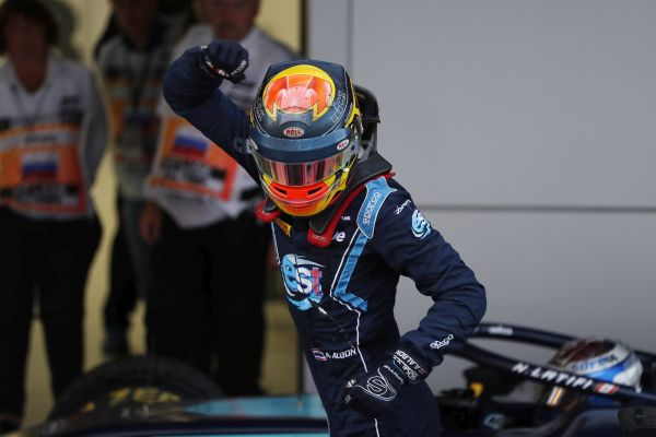 Albon wins Sochi F2 Feature Race for DAMS one-two