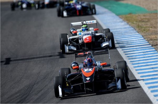 Felipe Drugovich continues winning form in Jerez, Viscaal claims  Euroformula Rookie title