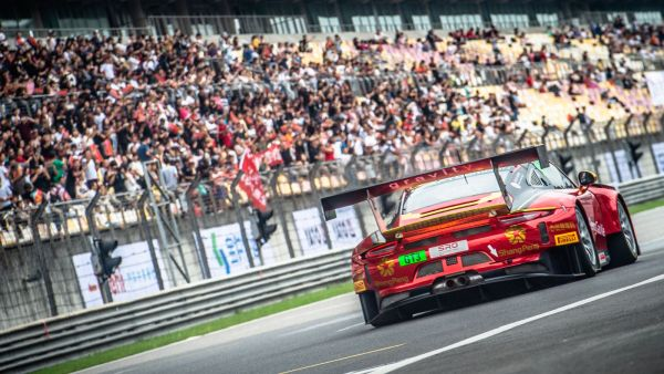 Blancpain GT Asia GT4 - Renger reasserts his authority in Shanghai