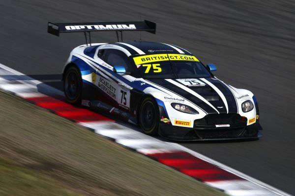 British GT3 - Consistency key to Optimum's pole in Brands Hatch